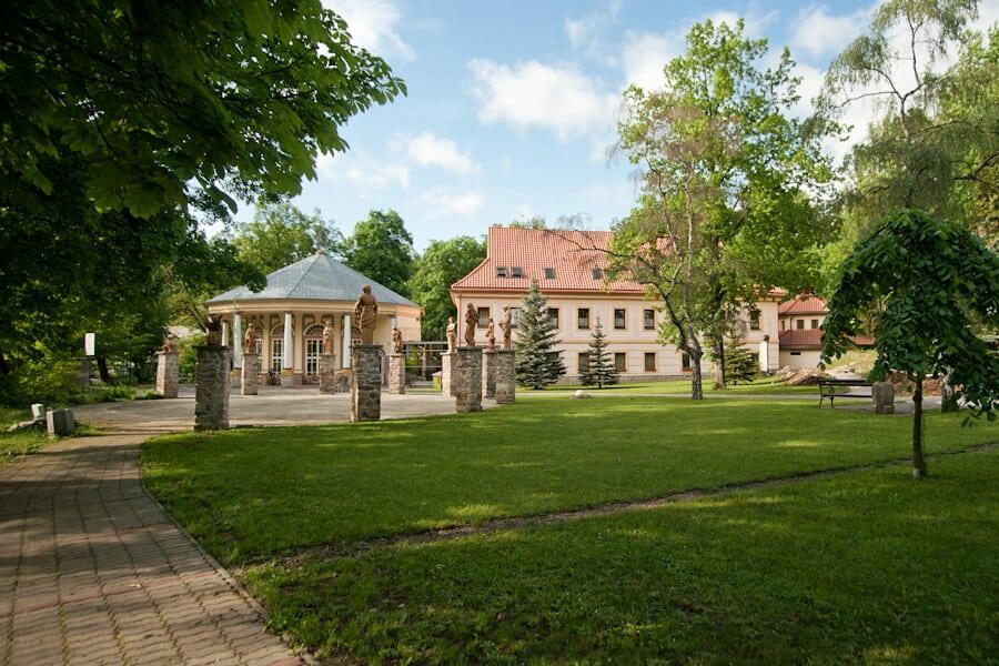 Kúpeľný dom Goethe v Sklených Tepliciach