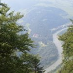 vyhlad-z-vrchu-tri-koruny-pohlad-na-dunajec-lietajuci-cyprian-povesti-rieka-nasa-voda