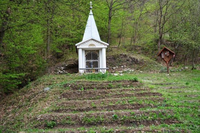 kaplnka-babba-tarič