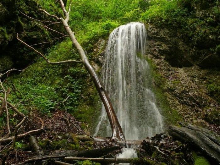 dolny-strazovsky-vodopad