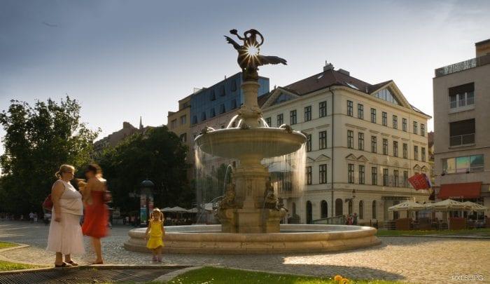 Ganymedova-fontána-Bratislava