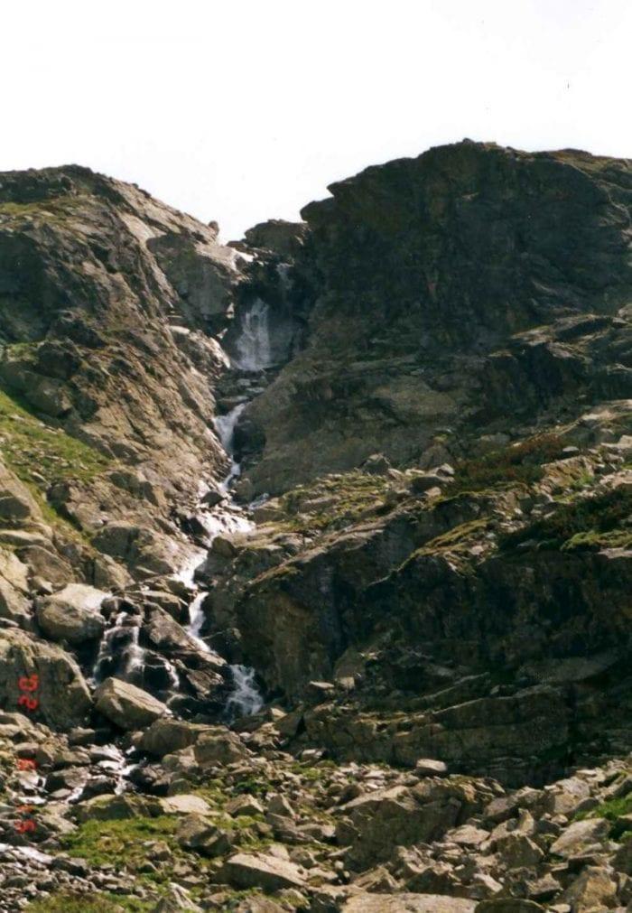 nefcerske-vodopady