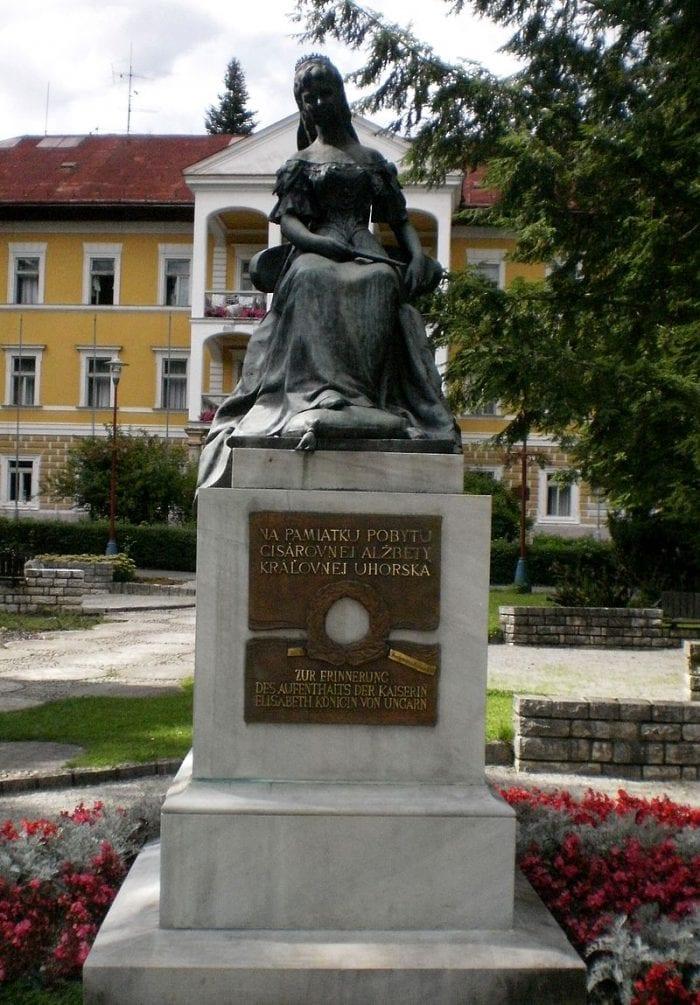 socha-sissi-bardejovske-kupele